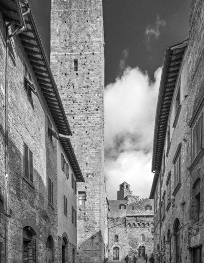 Via San Gioanni con Palazzo Campatelli e la Torre dei Cugnanesi